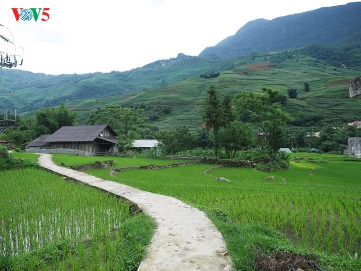 ต๋าวาน ถนนในหมู่บ้าน - ảnh 1