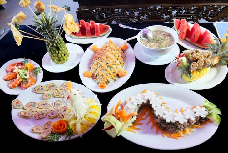 วัฒนธรรมอาหารชาววังและอาหารพื้นบ้านของกรุงเก่าเว้ - ảnh 1
