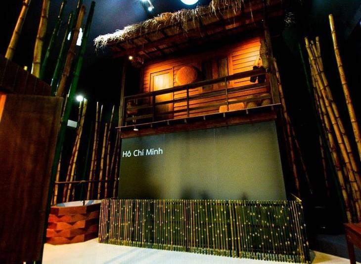 พิพิธภัณฑ์บ้านดงโฮจิมินห์ จังหวัดพิจิตร  - ảnh 14