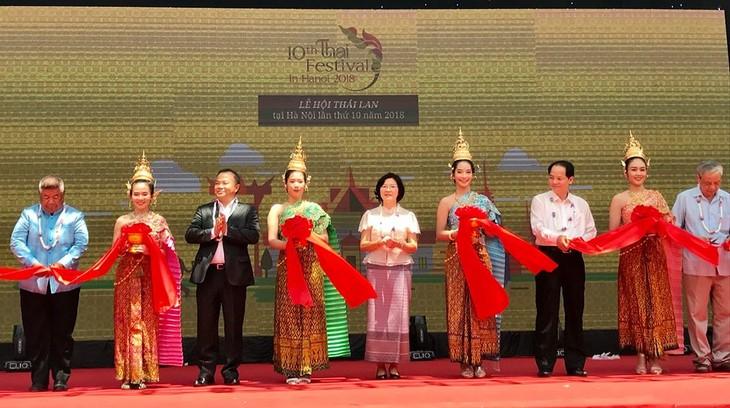 """สีสันงาน"""" 10 th Thai Festival in Hanoi 2018"""" - ảnh 1"""