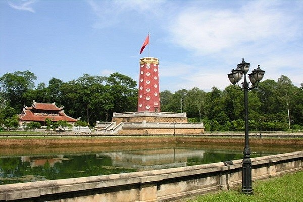 กำแพงเมืองเก่าเซินเตย-โบราณสถานทางประวัติศาสตร์ที่โดดเด่นของกรุงฮานอย - ảnh 2