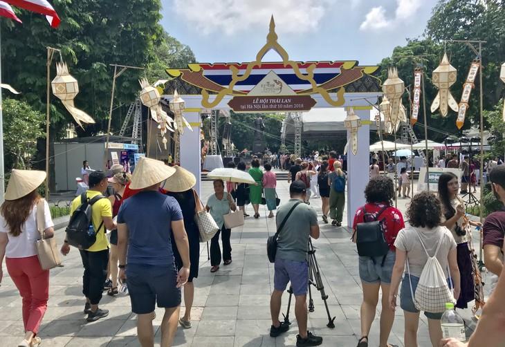 """สีสันงาน"""" 10 th Thai Festival in Hanoi 2018"""" - ảnh 21"""