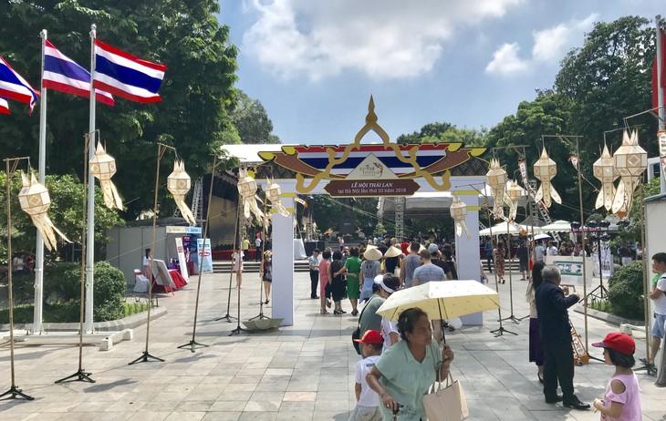 """สีสันงาน"""" 10 th Thai Festival in Hanoi 2018"""" - ảnh 22"""