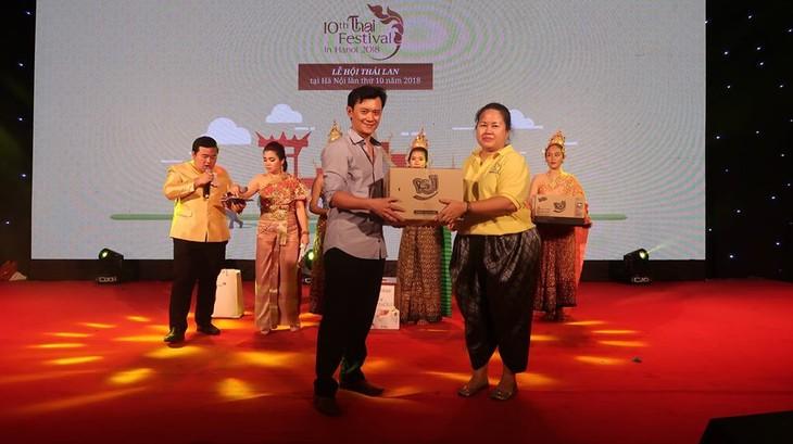 """สีสันงาน"""" 10 th Thai Festival in Hanoi 2018"""" - ảnh 29"""