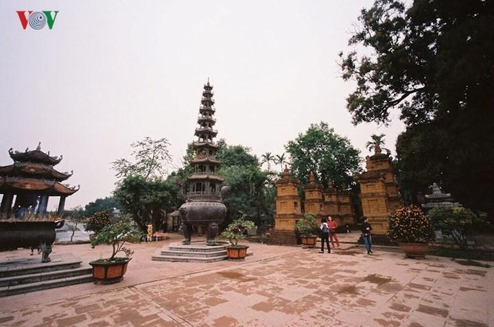 วัดโนม แหล่งอนุรักษ์นิมิตหมายแห่งวัฒนธรรมเวียดนาม - ảnh 3