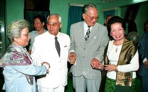 อดีตประธานประเทศ เลดึ๊กแองห์ ผู้ร่วมทำนุบำรุงความสัมพันธ์มิตรภาพระหว่างเวียดนามกับประเทศเพื่อนบ้าน - ảnh 3