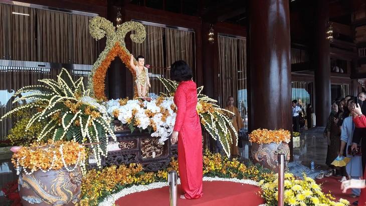บรรยากาศ ณ ศูนย์วัฒนธรรมพุทธศาสนาตามจุ๊กในงานวิสาขบูชาโลก2019  - ảnh 14