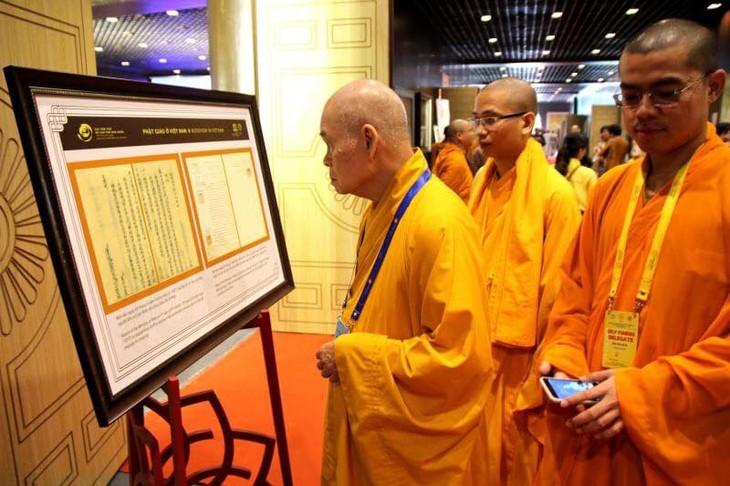 บรรยากาศ ณ ศูนย์วัฒนธรรมพุทธศาสนาตามจุ๊กในงานวิสาขบูชาโลก2019  - ảnh 17