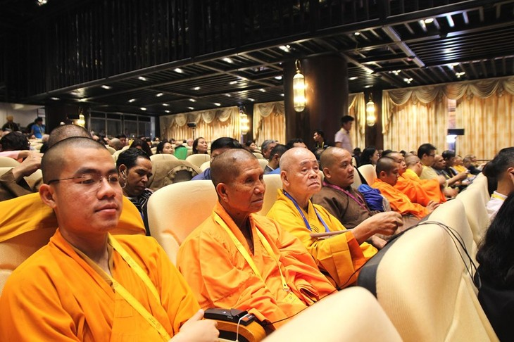 บรรยากาศ ณ ศูนย์วัฒนธรรมพุทธศาสนาตามจุ๊กในงานวิสาขบูชาโลก2019  - ảnh 18