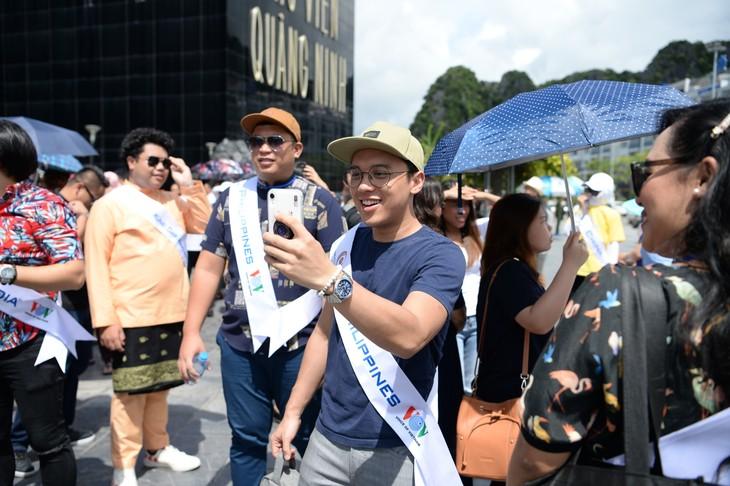 กิจกรรมของนักร้องจากประเทศอาเซียน ณ จังหวัดกว๋างนิงห์ - ảnh 5