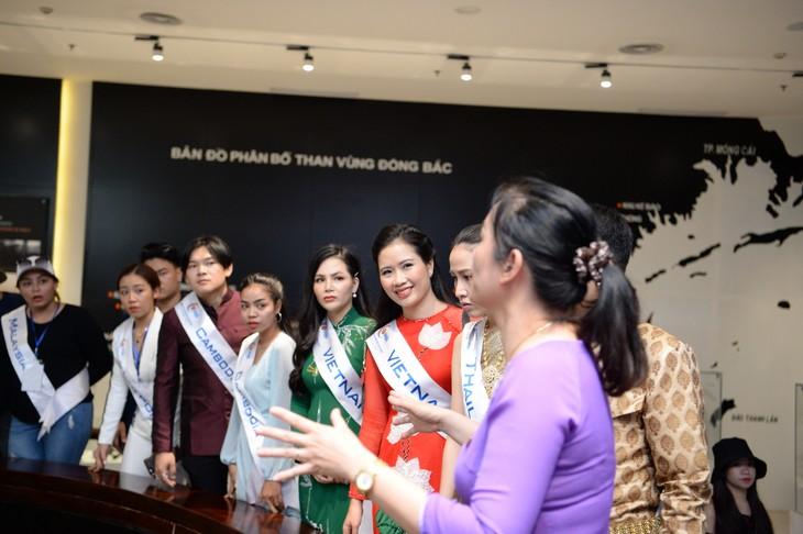 กิจกรรมของนักร้องจากประเทศอาเซียน ณ จังหวัดกว๋างนิงห์ - ảnh 15