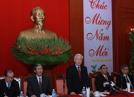 Party leader extends new year wishes to outstanding intellectuals, artists, scientists - ảnh 1