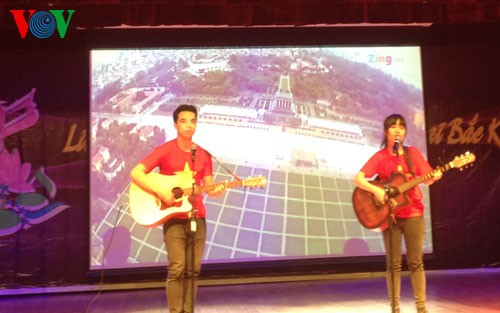 Art program of Vietnamese students in Beijing  - ảnh 2