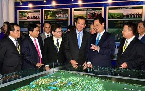 Prime Minister attends ground-breaking ceremony of VSIP project in Nghe An - ảnh 2