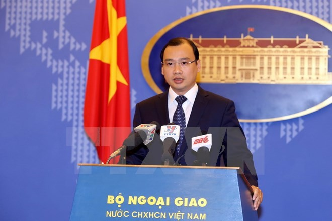 Vietnam protests China's deployment of drilling rig off the Tonkin Gulf - ảnh 1