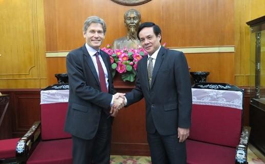Vietnam, US boost bilateral cooperation - ảnh 1