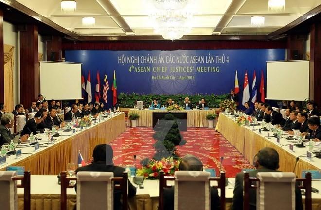 第4次东盟国家法院院长会议发表联合声明 - ảnh 1