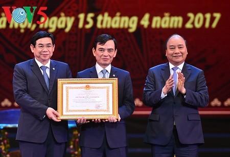 阮春福:越南投资与发展银行要力争跻身东盟商业银行25强 - ảnh 1
