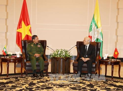 阮富仲会见缅甸国防军总司令敏昂莱 - ảnh 1