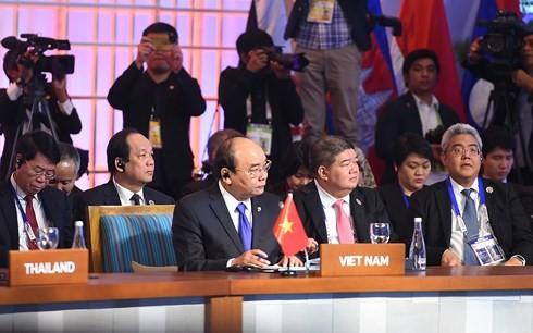 阮春福:ASEAN+3要加强地区经济增长合作 - ảnh 1