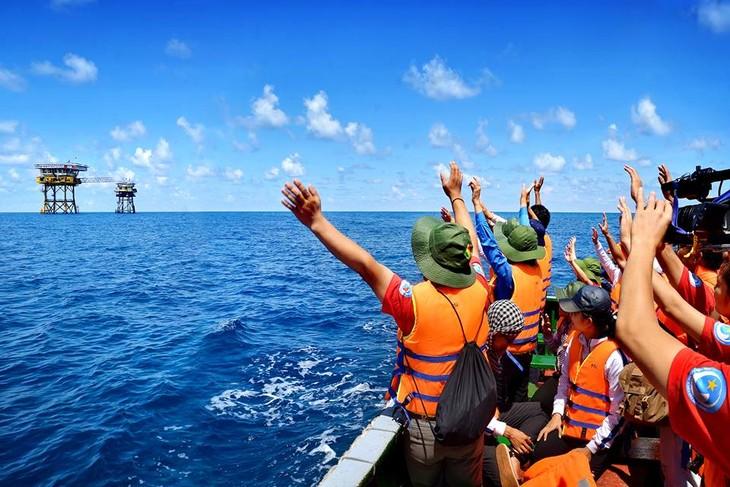 越南胡志明共青团中央选拔优秀青年代表参加长沙行 - ảnh 1