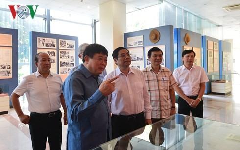 越共中央组织部部长范明正:越南之声要注重人员培训工作 - ảnh 1