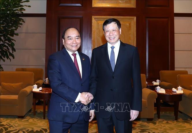 越南政府总理阮春福会见上海市长应勇 - ảnh 1