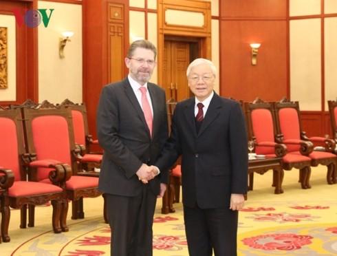 澳大利亚参议院议长瑞安圆满结束对越南的访问 - ảnh 1