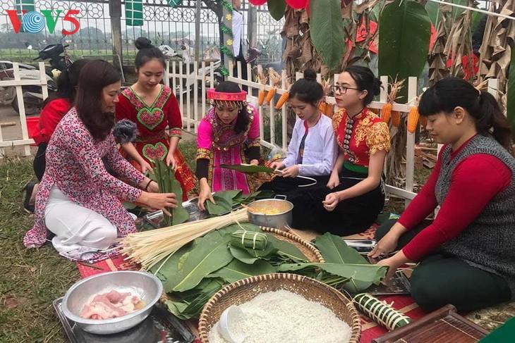 越南春节 来到了国际友人身边 - ảnh 1