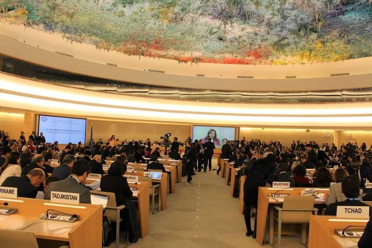 联合国人权理事会通过由越南、菲律宾和孟加拉国共同起草关于气候变化与人权的决议 - ảnh 1