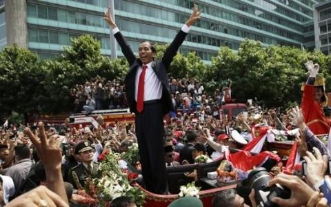 Neuer Präsident Indonesiens hebt Beziehungen zu Vietnam hervor - ảnh 1