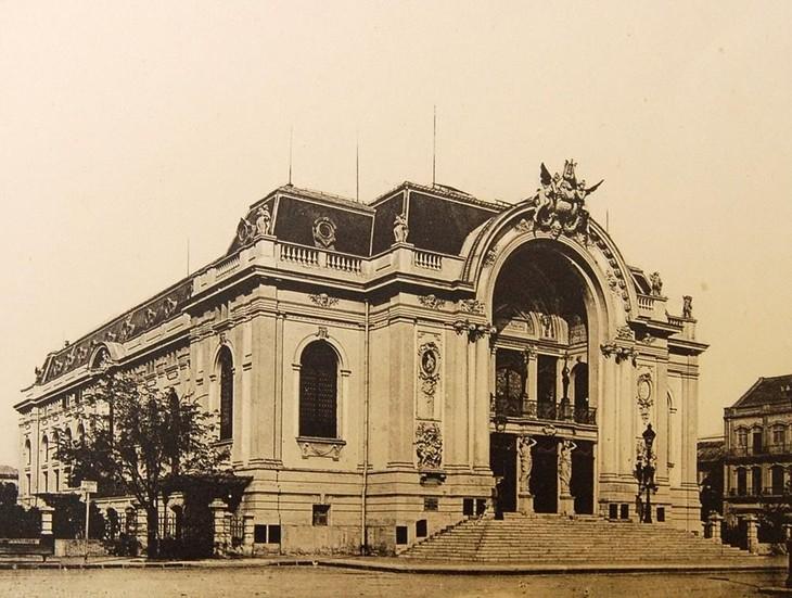 Opernhaus – ein Symbol der Ho Chi Minh Stadt - ảnh 1