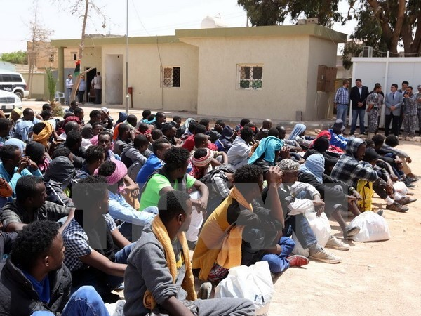 EU will 40.000 Flüchtlinge aufnehmen - ảnh 1