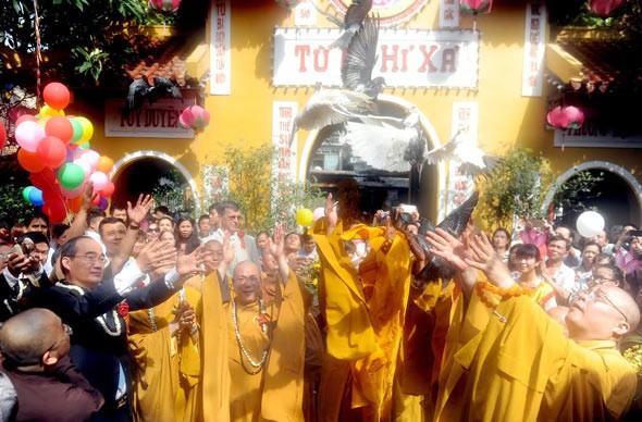 Objektiv sein, wenn man die Religionsfreiheit in Vietnam kritisiert - ảnh 1