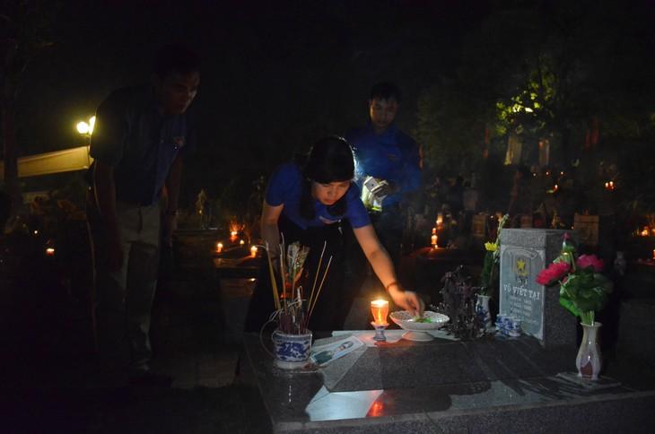 Aktivitäten zu Ehren der Menschen mit Verdiensten für Vietnam - ảnh 1