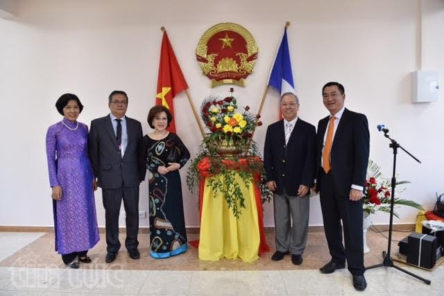 Vietnam hat Honorakonsulat in New Caledonia in Frankreich - ảnh 1