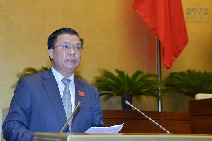 Finanzminister spricht vor Parlament über Staatsschulden - ảnh 1
