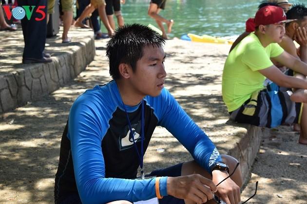 Kajakrennen im Phu Ninh-See - ảnh 11