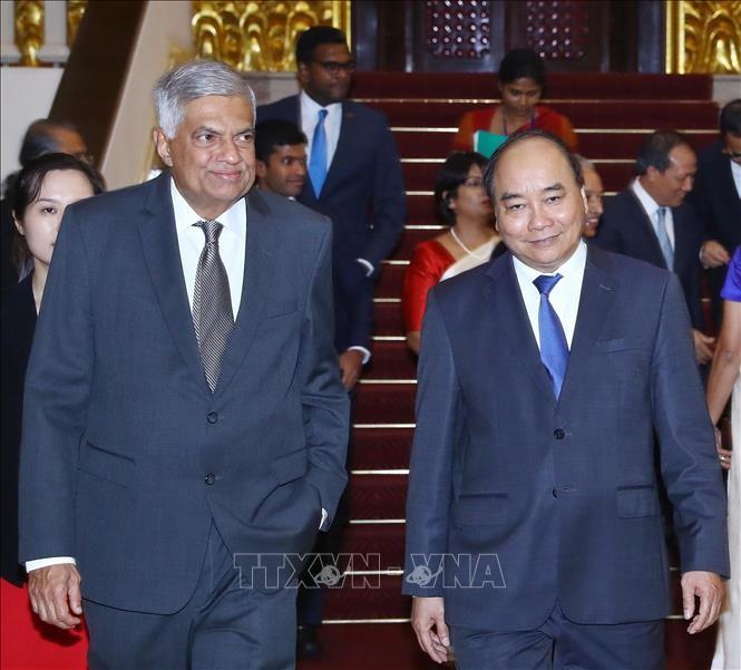 Premierminister Nguyen Xuan Phuc empfängt Amtskollegen aus Sri Lanka - ảnh 1