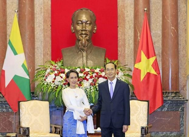 Staatspräsident Tran Dai Quang empfängt Beraterin des myanmarischen Staates San Suu Kyi - ảnh 1