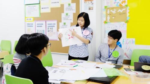 Erhöhung der Qualität der Berufsausbildung und der Fremdsprachen - ảnh 1