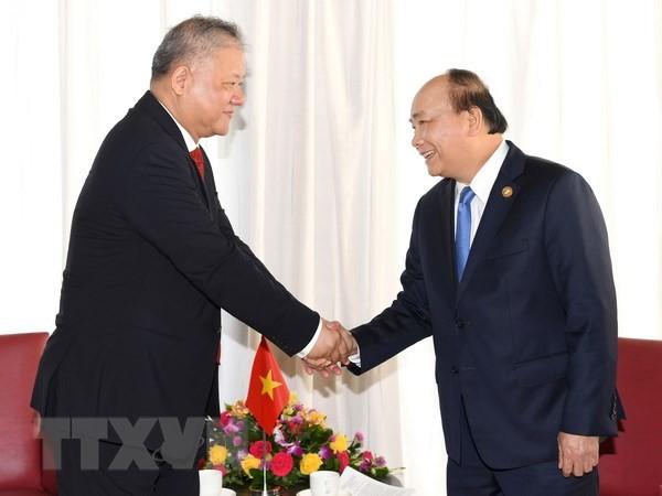 Premierminister Nguyen Xuan Phuc empfängt Vorsitzenden der Industrie und Handelskammer Indonesiens - ảnh 1