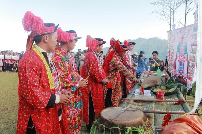 Gebet für Ban Vuong – eine mysteriöse Sitte der Volksgruppe der Dao - ảnh 1