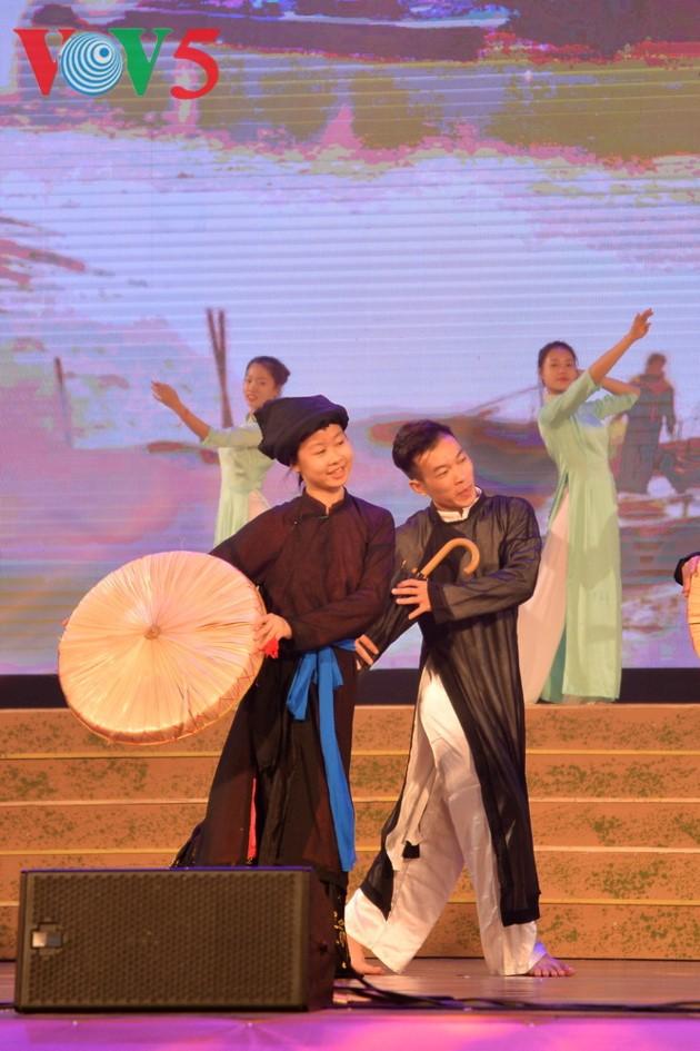 Eröffnung des Festivals der Kultur, des Sports und des Tourismus der verschiedenen Volksgruppen im Nordosten Vietnams - ảnh 14