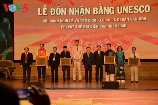 Eröffnung des Festivals der Kultur, des Sports und des Tourismus der verschiedenen Volksgruppen im Nordosten Vietnams - ảnh 4