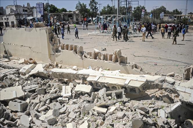 Opferzahl des Bombenanschlags in Somalia steigen - ảnh 1