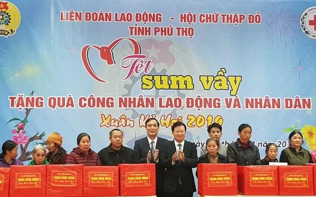 Vizepremierminister Trinh Dinh Dung besucht Phu Tho - ảnh 1