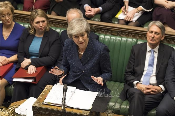 Britisches Parlament unterstützt Wiederholung der Verhandlungen über Grenze zu Irland  - ảnh 1