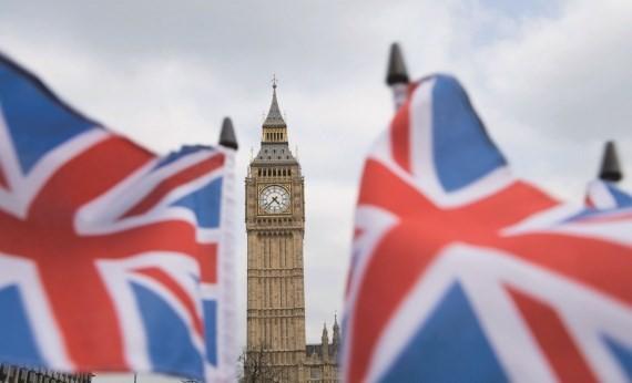 Britische Premierministerin Theresa May kann Termin zur Abstimmung über Brexit verschieben - ảnh 1