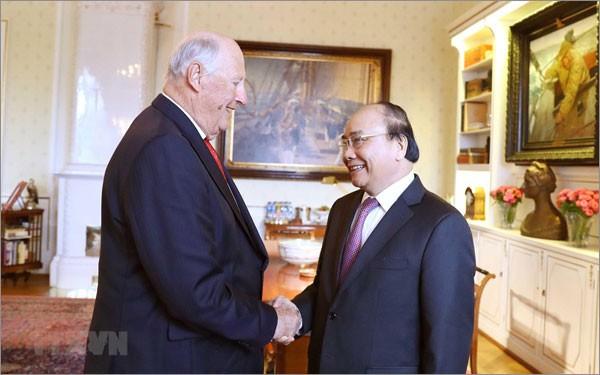 Premierminister Nguyen Xuan Phuc beendet Besuch in Norwegen - ảnh 1